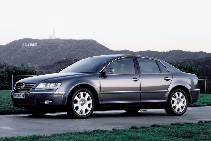 Volkswagen Phaeton 3.2 2004 photo - 10