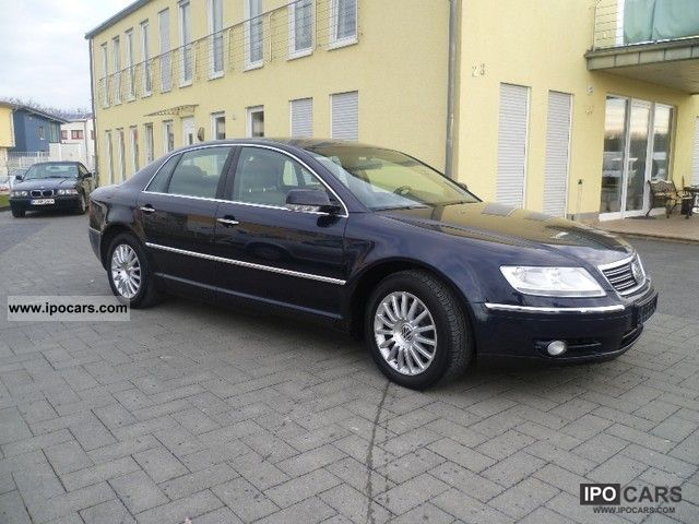 Volkswagen Phaeton 3.2 2004 photo - 2