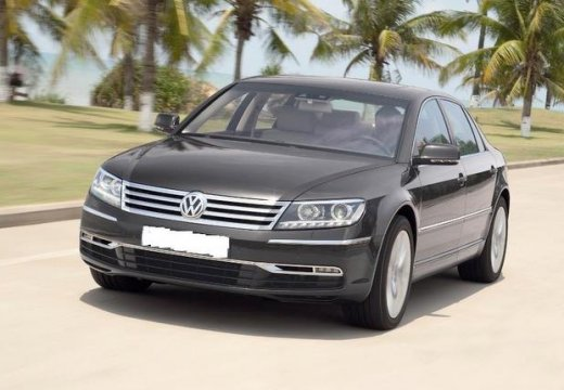 Volkswagen Phaeton 3.6 2013 photo - 10