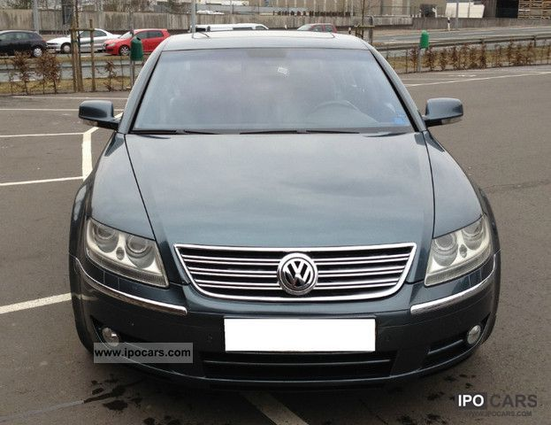 Volkswagen Phaeton 5.0 2004 photo - 11