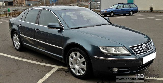 Volkswagen Phaeton 5.0 2004 photo - 12