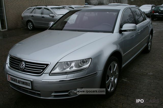 Volkswagen Phaeton 5.0 2004 photo - 4