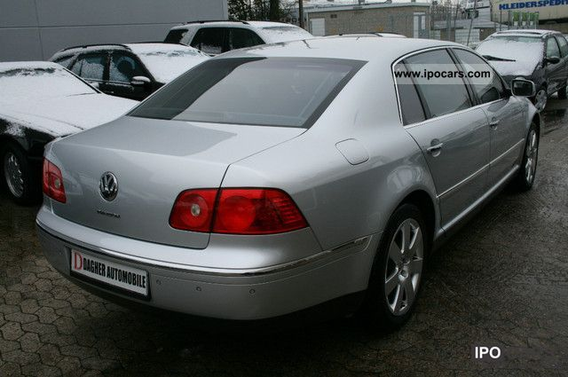 Volkswagen Phaeton 5.0 2004 photo - 5