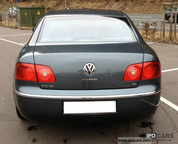 Volkswagen Phaeton 5.0 2004 photo - 6