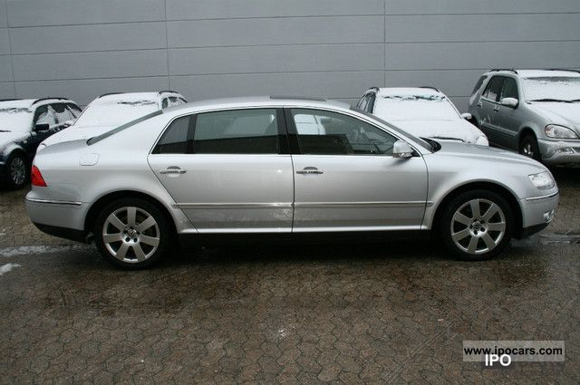Volkswagen Phaeton 5.0 2004 photo - 7