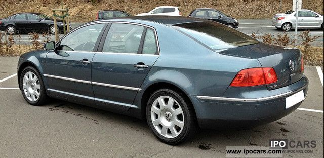 Volkswagen Phaeton 5.0 2004 photo - 9