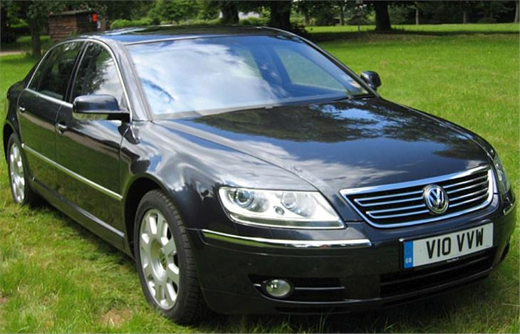 Volkswagen Phaeton 6.0 2003 photo - 4