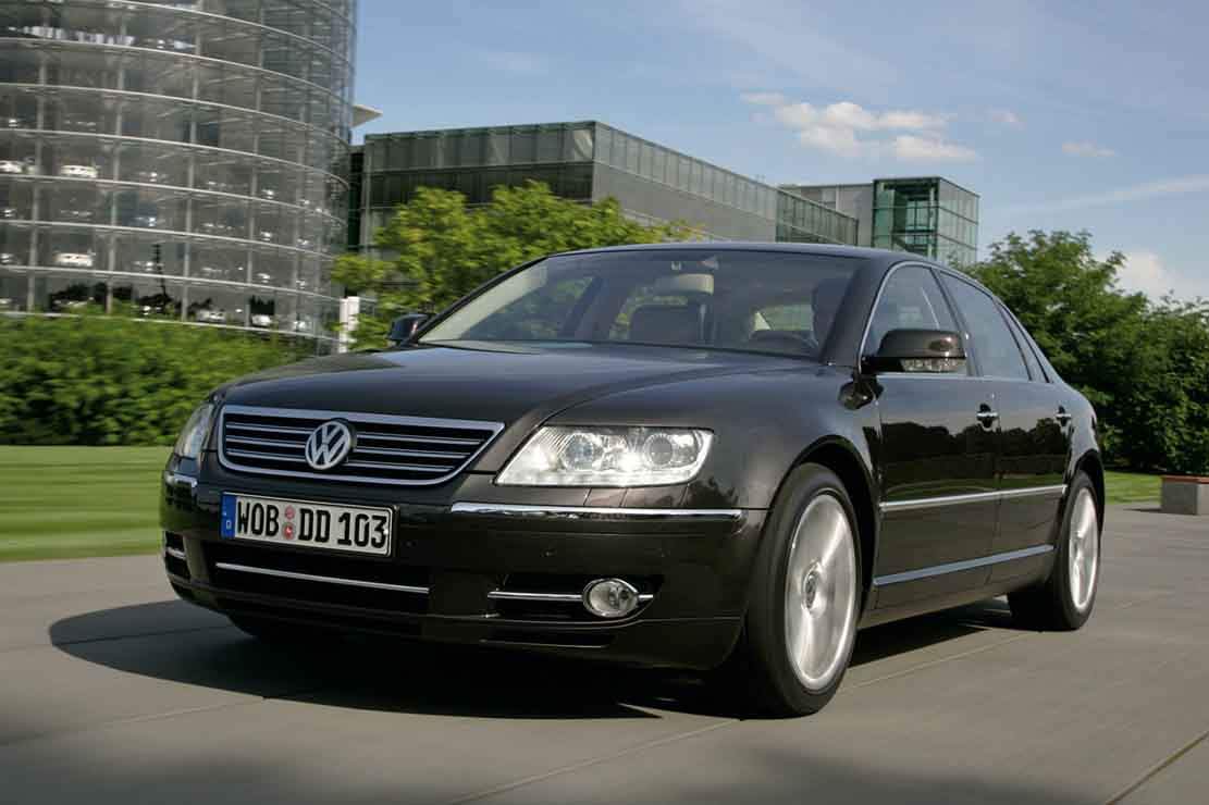 Volkswagen Phaeton 6.0 2006 photo - 2