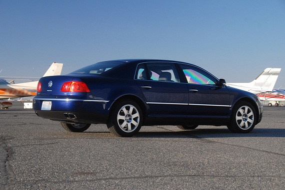 Volkswagen Phaeton 6.0 2006 photo - 7