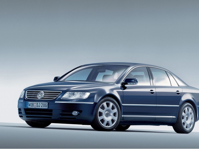 Volkswagen Phaeton 6.0 2006 photo - 8