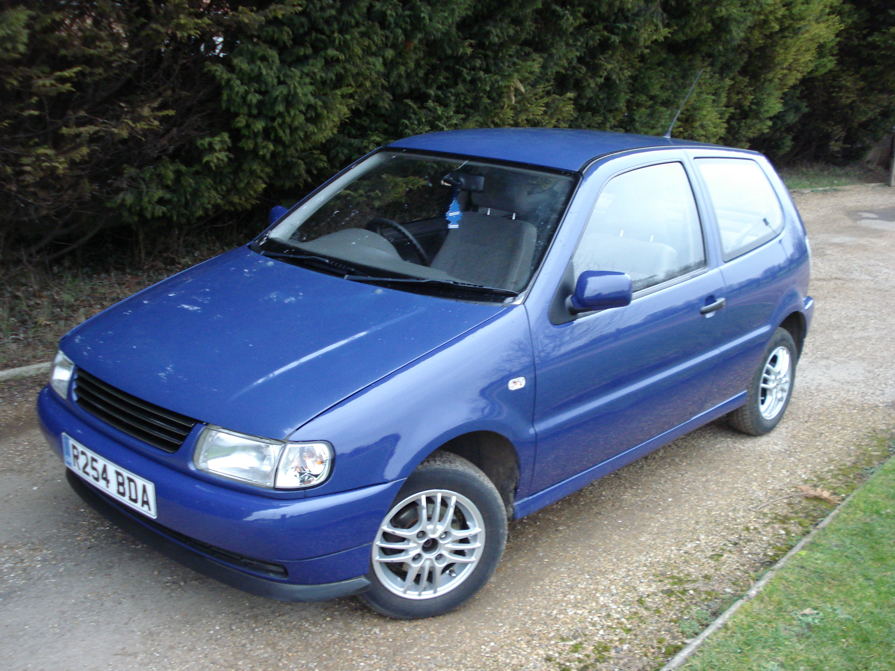 Volkswagen Polo 1.1 1997 photo - 1
