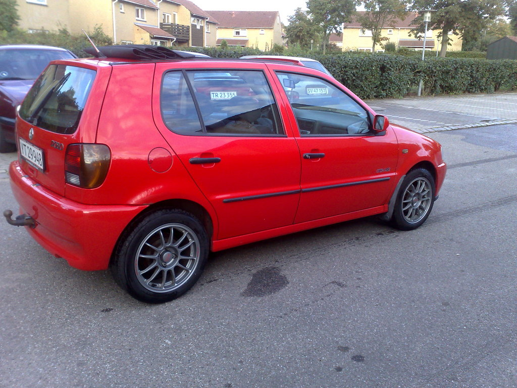 Volkswagen Polo 1.1 1997 photo - 3