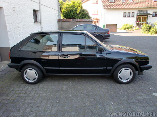 Volkswagen Polo 1.4 1985 photo - 12