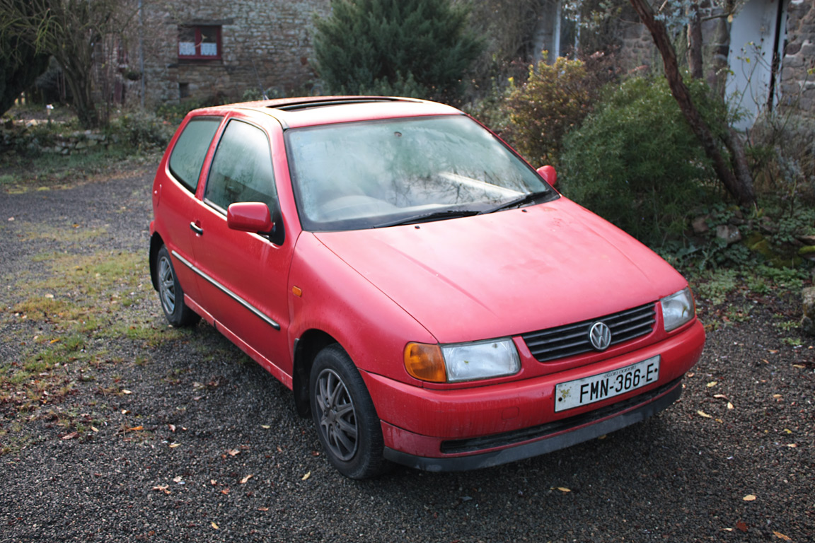 Volkswagen Polo 1.4 1996 photo - 1