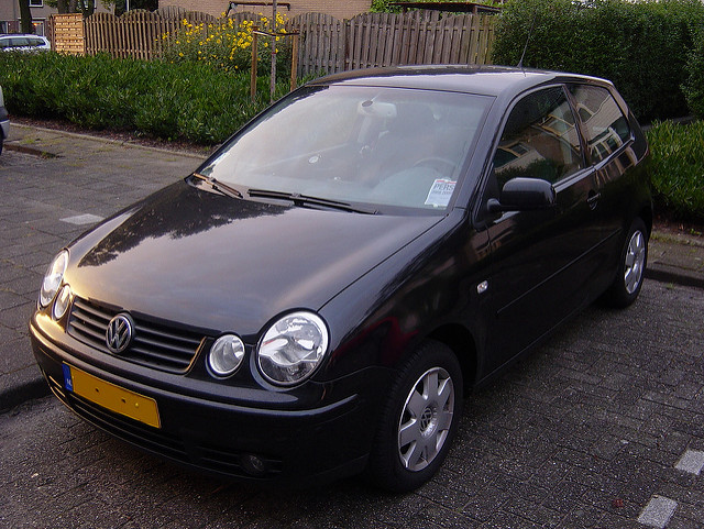 Volkswagen Polo 1.4 2002 photo - 1