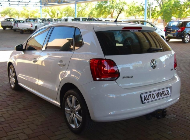 Volkswagen Polo 1.6 2011 photo - 6