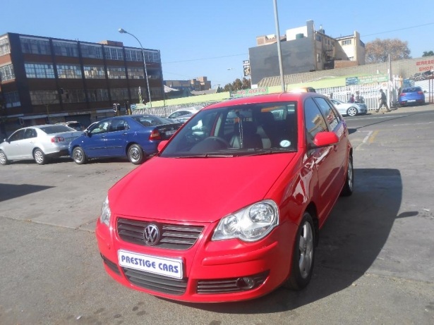 Volkswagen Polo 1.8 2008 photo - 8