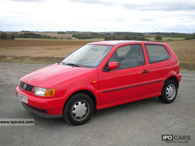 Volkswagen Polo 1.9 1996 photo - 2