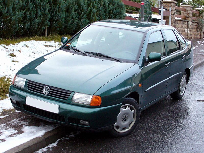 Volkswagen Polo 1.9 1996 photo - 7