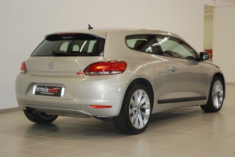 Volkswagen Scirocco 1.4 2010 photo - 11