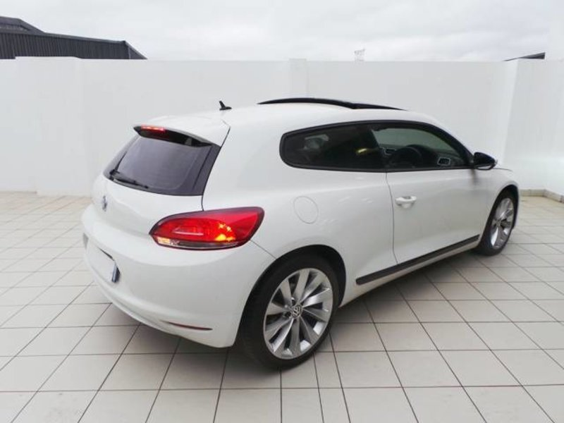 Volkswagen Scirocco 1.4 2010 photo - 4