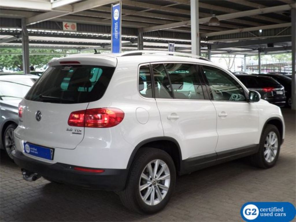 Volkswagen Tiguan 2.0 2011 photo - 8