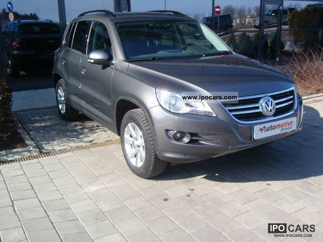 Volkswagen Tiguan 2.0 2011 photo - 9