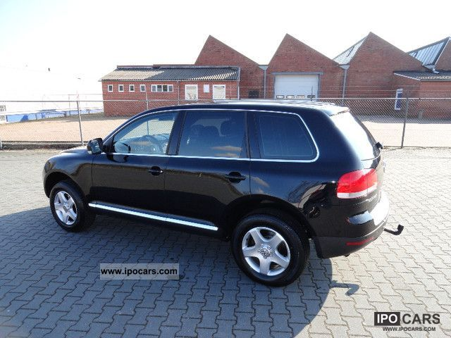 Volkswagen Touareg 2.5 2004 photo - 12