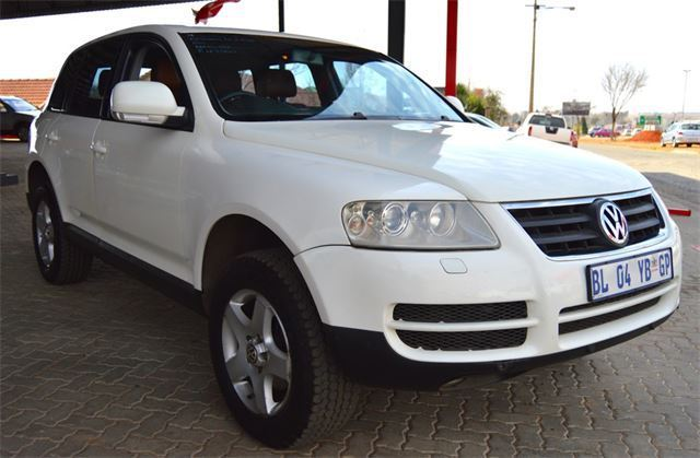 Volkswagen Touareg 2.5 2004 photo - 8