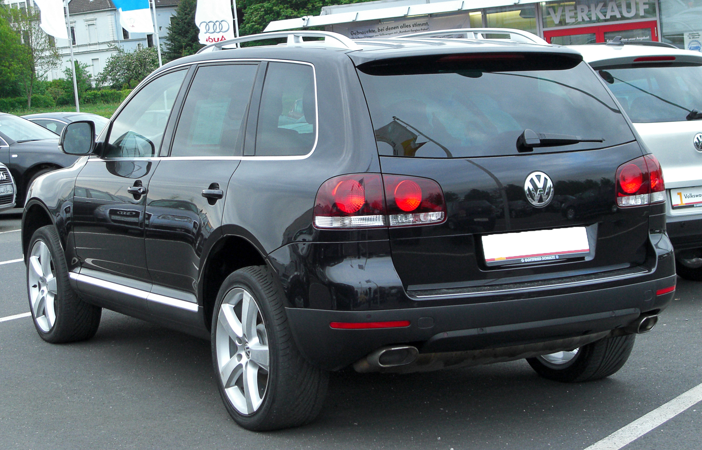Volkswagen Touareg 3.0 2010 photo - 11