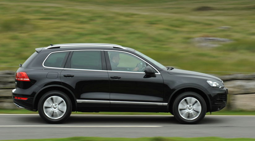 Volkswagen Touareg 3.0 2010 photo - 6